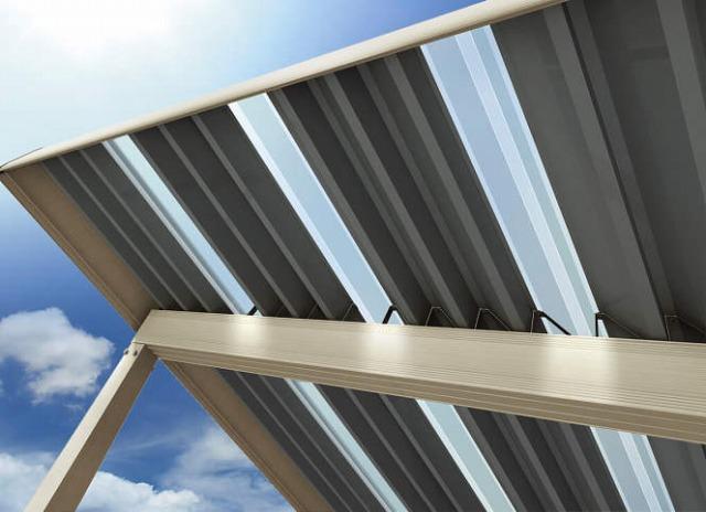 ↑ジーポートneo 明かり取り屋根ふき材W200タイプ 2セット使用時 H2_部分_XCH20758A
