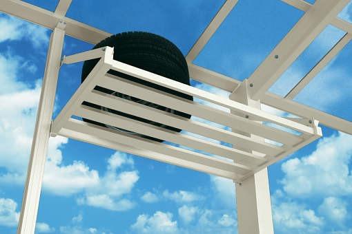 ↑スタンダードカーポートグランシリーズ共通 収納棚イメージ 屋根ふき材:ポリカ (トーメイマット H2_H2:プラチナステン_XCXX0375A