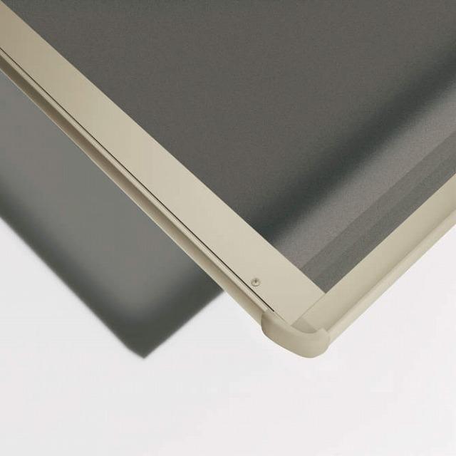 ↑スタンダードカーポートグランシリーズ共通 屋根ふき材:熱線遮断FRP板 (アッシュグレイ 見下ろし H2_H2:プラチナステン_XCXX0594
