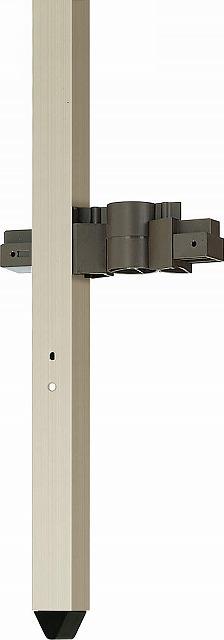 ↑ルシアス フェンス 自由柱施工 支柱下部キャップ H2_部分_XFXX0619