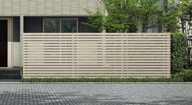 ↑ルシアス スクリーンフェンス S03型 横板格子 T200 H2_6000_XFSS0205H2