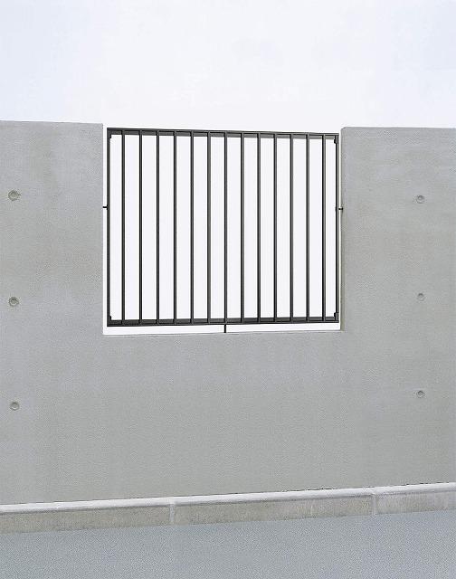 ↑シャローネ フェンス SF01型 フィックス T100_商品単体外観_XFOA0487