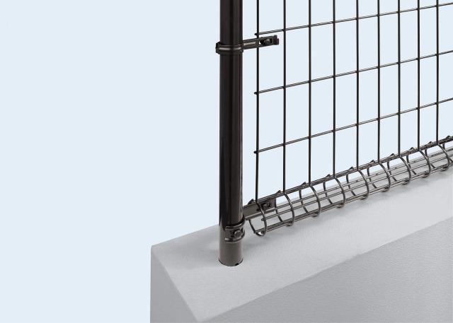 ↑イーネット フェンス2M型〈間仕切柱タイプ 端柱用部品(スチール 中間部 TM_部分_XFXX0544