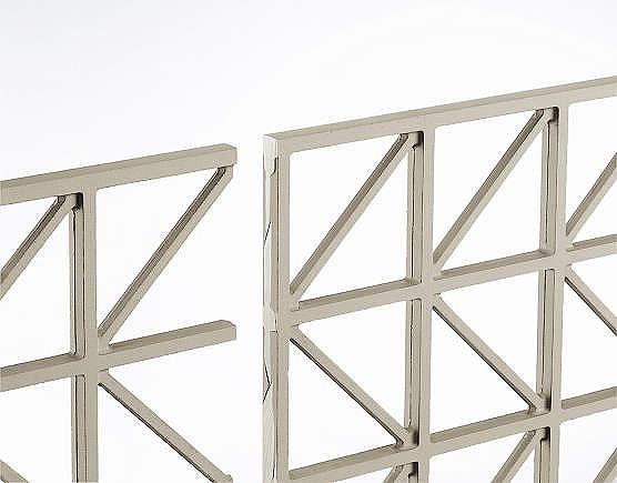 ↑シャローネ フェンス T60スライド自由柱施工:端部カバー(切断面_部分_XFXX0672H2