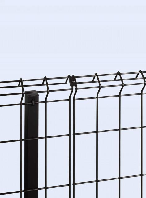 ↑イーネット フェンス1F1FK型〈自由柱タイプ 直線継手(ステンレス OY_部分_XFXX0483